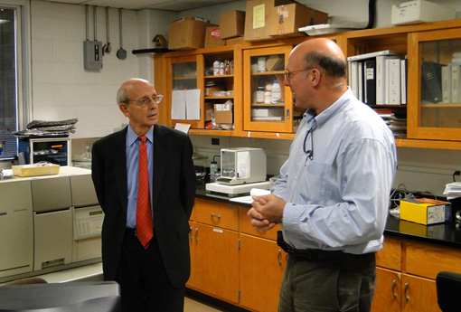 Supreme Justice Stephan Breyer and Dr. David Velinsky in an Environmental Research lab